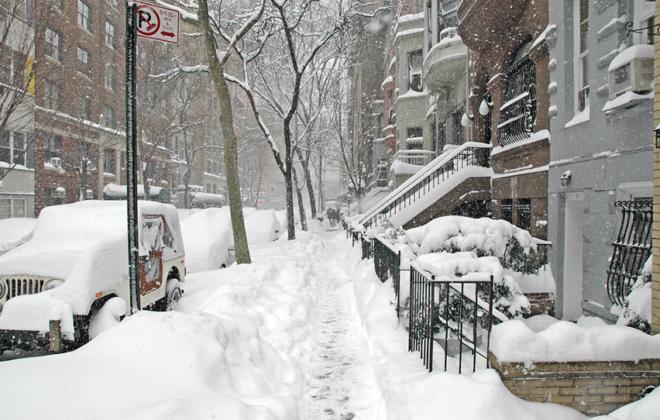 """שלג ברחוב בארה""""ב"""